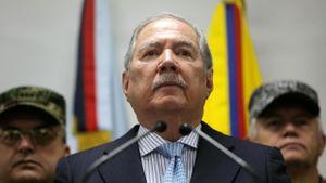 Colombia: Bộ trưởng Quốc phòng từ chức