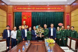 Bộ Chỉ huy Biên phòng tỉnh chúc mừng Báo Nghệ An nhân ngày thành lập