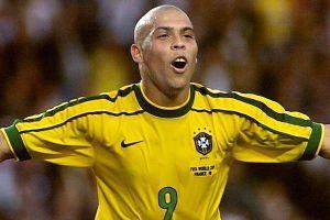 Henry gạt Ronaldo béo khỏi 5 huyền thoại hay nhất