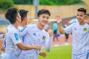 Điểm mặt dàn cầu thủ Việt Nam 'mắt hí' như hot boy Hàn Quốc