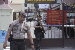 Indonesia: Đánh bom tự sát bên ngoài trụ sở cảnh sát