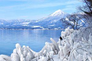 Ngỡ ngàng với vẻ đẹp của hồ Inawashiro, Nhật Bản