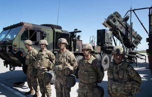 Nghị sĩ Quốc hội Liên Bang Đức 'tố' Mỹ lợi dụng NATO