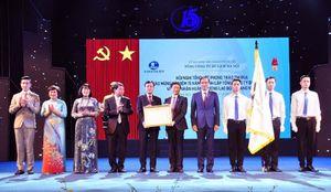 Hanoitourist đón nhận Huân chương Lao động hạng Nhất