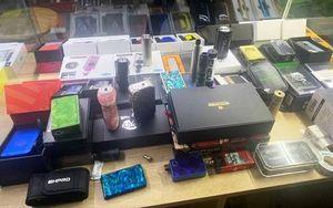Đà Nẵng: Bắt giữ hàng trăm máy hút thuốc lá điện tử nghi nhập lậu