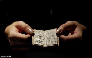 Vì sao cuốn sách nhỏ bằng bao diêm có giá 20 tỉ đồng?