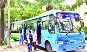 Vì sao hành khách chưa mặn mà với xe buýt ?