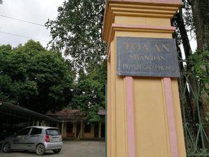 Vụ Chánh văn phòng TAND huyện bị truy nã: Gia đình vẫn chưa hết bàng hoàng, không tin là sự thực