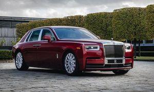 Xe siêu sang Rolls-Royce Phantom RED ngoại thất rắc bụi pha lê