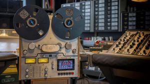 Analog Audio Design sắp ra mắt đầu băng cối tích hợp màn hình cảm ứng TR-1000