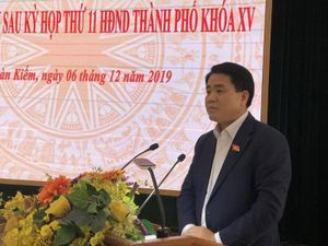 Chủ tịch Hà Nội nghi vấn về công nghệ xử lý nước sông Tô Lịch