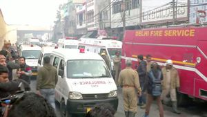 Ít nhất 43 người thiệt mạng trong vụ cháy khu nhà xưởng ở New Delhi