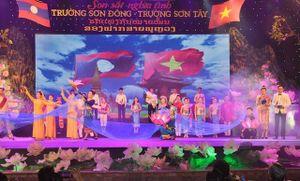 Giao lưu nhân dân Việt Nam - Lào: 'Son sắt nghĩa tình, Trường Sơn Đông – Trường Sơn Tây'