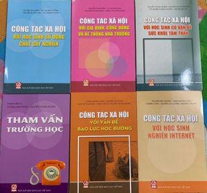 Bộ sách Công tác xã hội trường học: Cẩm nang mới về những vấn đề học đường