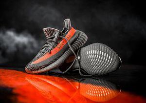 Lấy cảm hứng từ Lamborghini và 5 sự thật về giày Yeezy của Kanye West