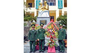 Khánh thành tượng đài Bác Hồ với chiến sĩ biên phòng