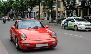 'Soi' Porsche 964 Carrera 4 hơn 30 năm tuổi tại Hà thành