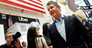 Cựu CEO Uber tiếp tục bán cổ phiếu hãng xe thu về hơn 2,5 tỷ USD