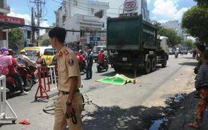 Nữ sinh viên 20 tuổi chết thảm dưới gầm xe chở rác trên đường đi học