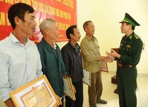 Vụ heroin trôi dạt ở bãi biển Quảng Nam: Tặng Bằng khen nhiều tập thể, cá nhân