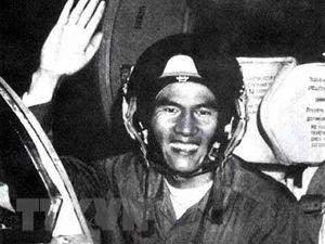 Phạm Tuân - Phi công đầu tiên bắn tan 'siêu pháo đài bay' B-52