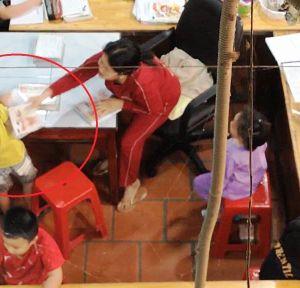 Vụ học sinh bị đánh đập, miệt thị trong một lớp dạy kèm tại Ninh Thuận: Lớp học đã dọn dẹp bàn ghế, người phụ nữ đứng lớp đã đi nơi khác