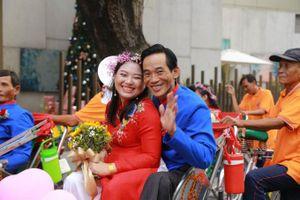 50 cặp đôi khuyết tật được tổ chức lẽ cưới tập thể