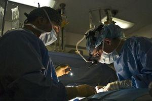 Nữ bệnh nhân bốc cháy trong lúc phẫu thuật