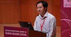 Trung Quốc kết án nhà khoa học chỉnh sửa gen người