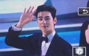 'MBC Drama Awards 2019': Knet sốc nặng khi Cha Eun Woo (ASTRO) thắng giải 'Nam diễn viên xuất sắc'