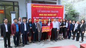 Cẩm Phả khánh thành nhà đại đoàn kết cho hộ nghèo