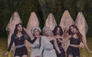 Red Velvet vừa comeback đã vượt BTS đạt 1 triệu lượt nghe độc lập nhanh nhất trên Genie với Psycho