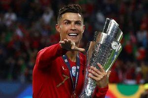 Ở tuổi 35, Ronaldo vẫn hăng hái muốn xô đổ hàng loạt kỷ lục xưa nay hiếm