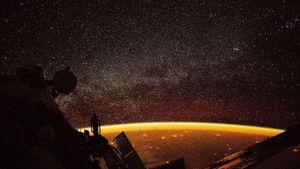 Trái Đất nhìn từ không gian qua những bức ảnh ấn tượng
