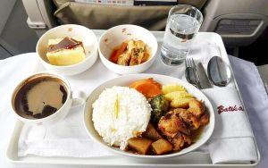 Nhìn suất ăn của 20 hãng hàng không này, bạn sẽ muốn xách ba lô lên và đi du lịch ngay