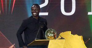 Mohamed Salah mất 'Quả bóng vàng' vào tay Sadio Mane