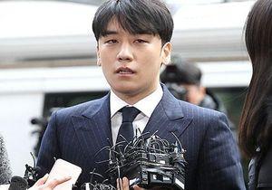 Sau 8 tháng im ắng, công tố xin lệnh bắt giữ khẩn cấp Seungri vì 7 cáo buộc hình sự