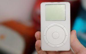 Chuyện bất ngờ về chiếc iPod huyền thoại của Apple lần đầu bật mí
