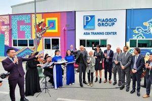 Khánh thành bức tranh tường biểu tượng tại Nhà máy Piaggio Việt Nam