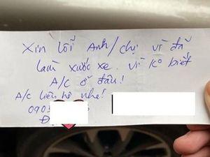 Làm xước ôtô, 'thủ phạm' để lại lời xin lỗi kèm số điện thoại