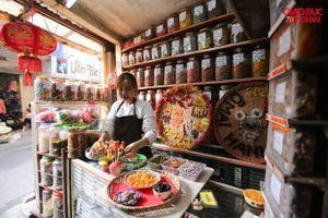 Độc đáo cửa hàng ô mai đã tồn tại qua 3 thập kỷ