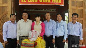 Báo Giao thông trao nhà tình thương cho gia đình có người thân TNGT
