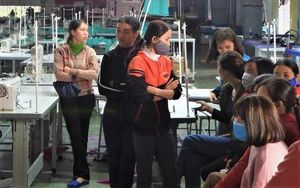 Hà Tĩnh: Gần 250 công nhân may mặc không có Tết vì bị quỵt lương