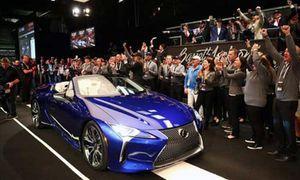 Lexus LC500 Convertible bản thương mại đầu tiên hơn 46 tỷ đồng