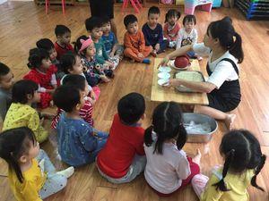 Giúp trẻ trở lại nhịp học tập bình thường sau Tết