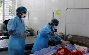 Tạo điều kiện khám, chữa bệnh hoặc chuyển tuyến với bệnh nhân có bảo hiểm y tế khi nghi nhiễm virus corona