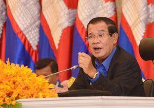Ông Hun Sen thách thức Corona