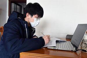 Trường học Trung Quốc chuyển sang học trực tuyến