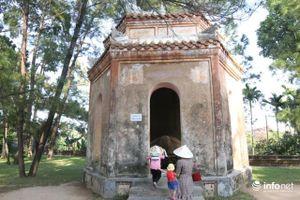 Cận cảnh 'Ngự kiến Thiên Mụ tự' - Bảo vật quốc gia mới của Việt Nam