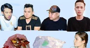 Công an bắt giữ 5 đối tượng vận chuyển ma túy trên ôtô